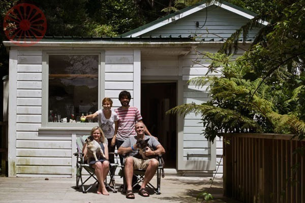 5 motivos para crer na humanidade, house sitting