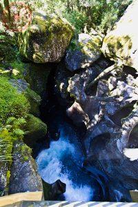 Estrada para Milford Sound