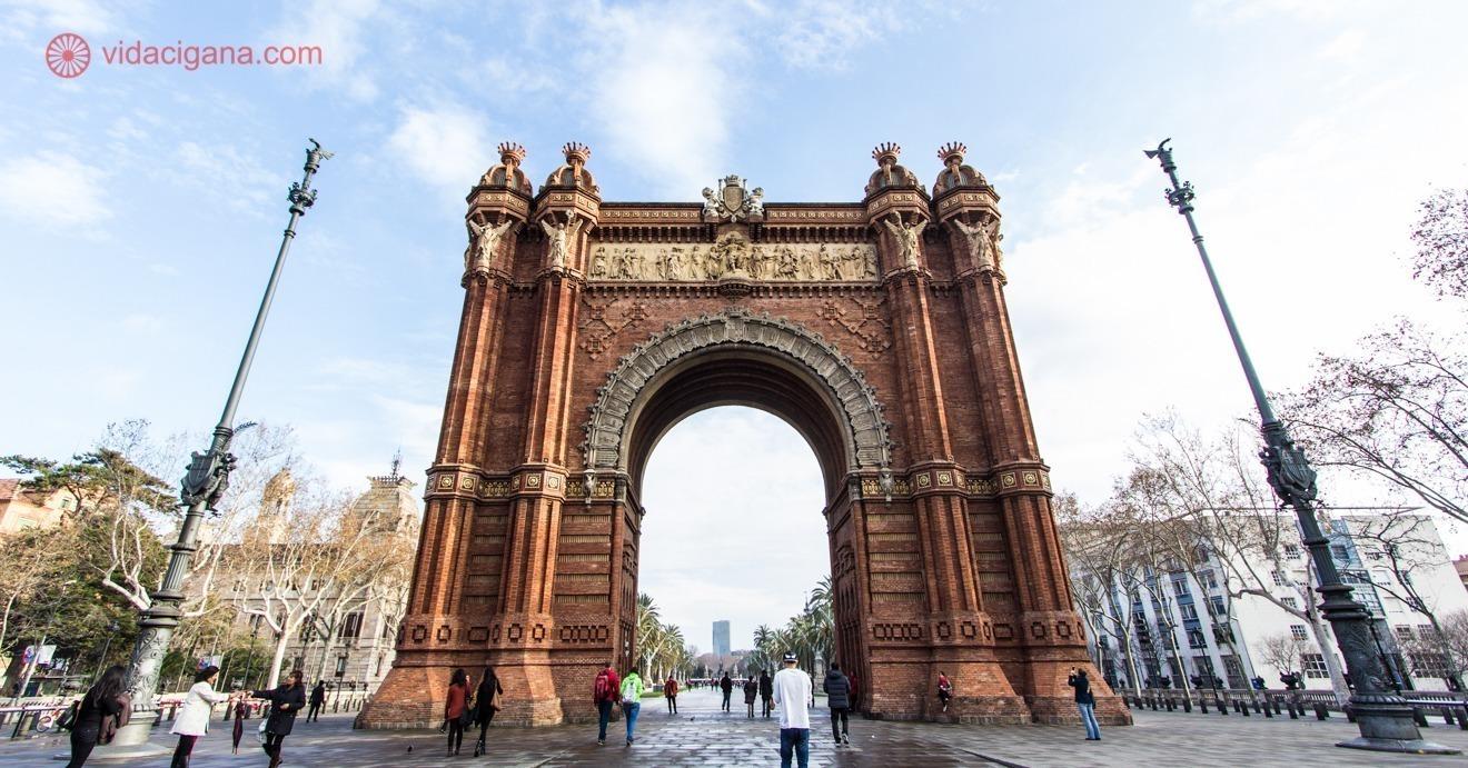 Onde Ficar Em Barcelona Os 11 Melhores Bairros E Hoteis Baratos Vida Cigana