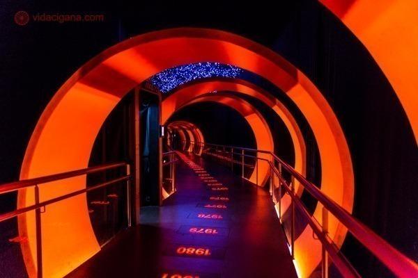 O túnel do tempo no Museo River, do time de futebol River Plate.