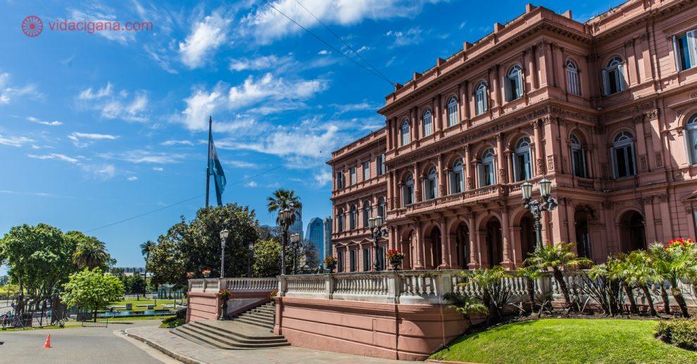 Onde ficar em Buenos Aires: A lateral da Casa Rosada, em Buenos Aires.
