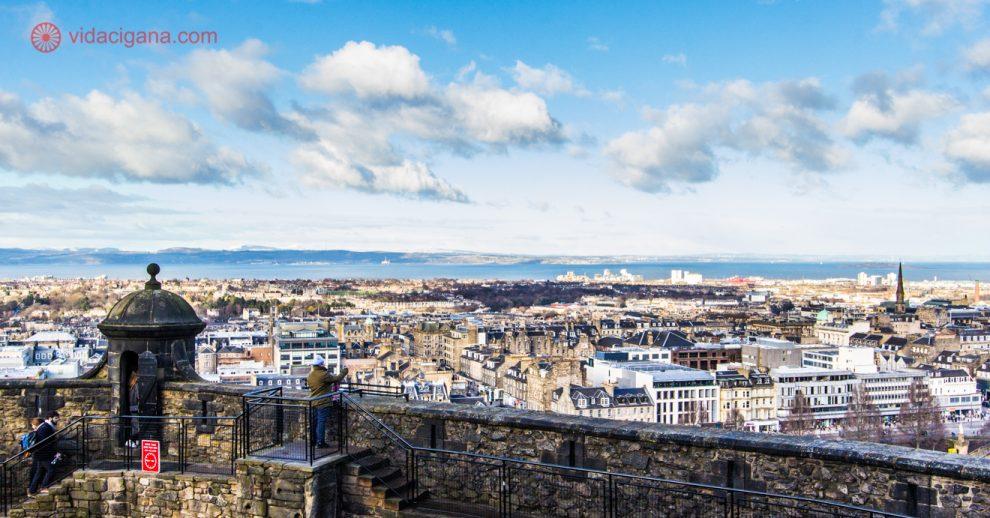 Onde ficar em Edimburgo: A vista da cidade do alto do Castelo de Edimburgo.