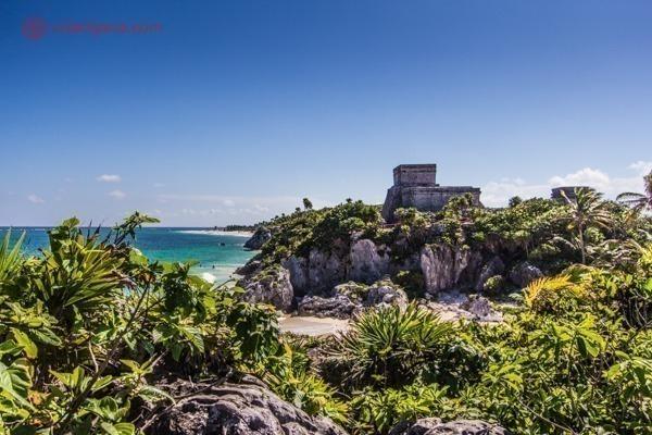 As ruínas de Tulum, no México: Com o mar do Caribe no fundo