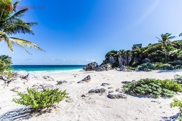 As ruínas de Tulum, no México: A praia no Mar do Caribe