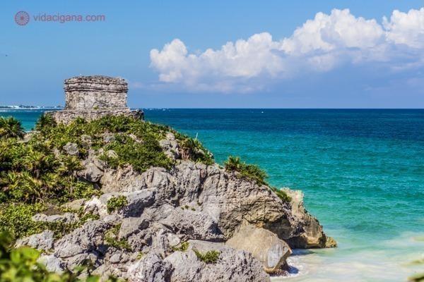 As ruínas de Tulum, no México: El Castillo e o Mar do Caribe