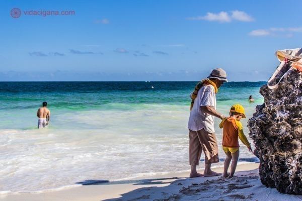 As ruínas de Tulum, no México: A praia no Caribe