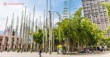 O que fazer em Medellín: A Plaza de las Luces, no Centro da cidade colombiana de Medellín.