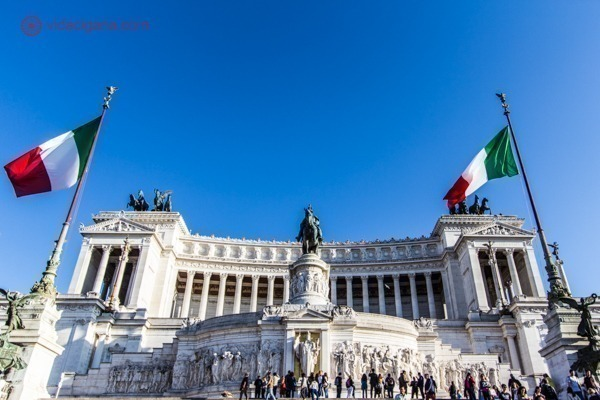 Roteiro de 4 dias em Roma: O Monumento a Vítor Emanuel II da Itália