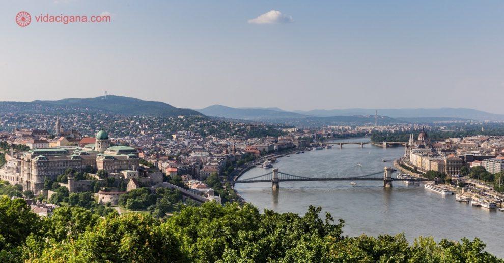 Onde ficar em Budapeste: A vista de Budapeste do Castelo de Buda