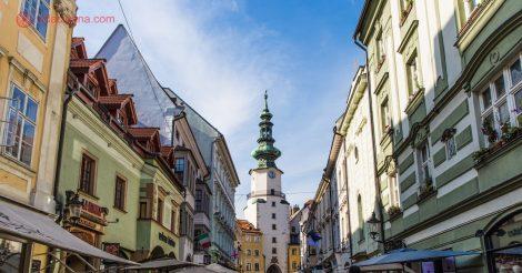 O que fazer em Bratislava: O lindo portão de São Miguel, construído no século XIV