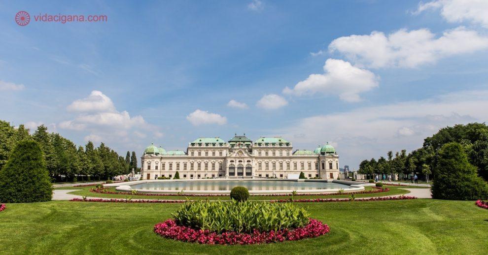 Roteiro em Viena: O lindo Palácio Belvedere, onde fica o famoso quadro O Beijo, de Gustav Klimt
