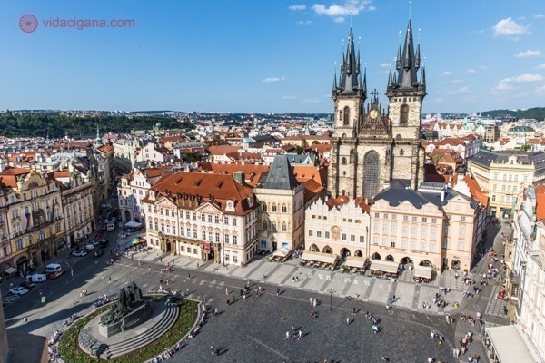 O que fazer em Praga: A Praça da Cidade Velha vista do alto da Old Town Hall