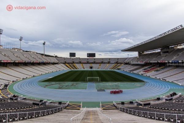 o Estádio Lluys Companys
