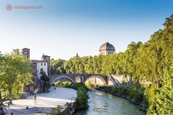 o que fazer em Roma: o rio Tibre visto de cima