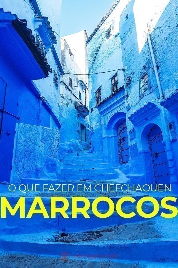 Existem muitos lugares no mundo que só fazem sucesso pelas fotos que proporcionam para seus turistas. Um desses lugares é Chefchaouen, a cidade azul do Marrocos, que fica no norte do país e possui todas as suas ruas e casas pintadas de azul, o que atrai muitos turistas todo ano para tirar fotos incríveis lá.