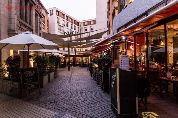 O bairro de Lastarria é um dos melhores na hora de escolher onde ficar em Santiago, com vários restaurantes descolados, hoteis bons e perto de várias atrações