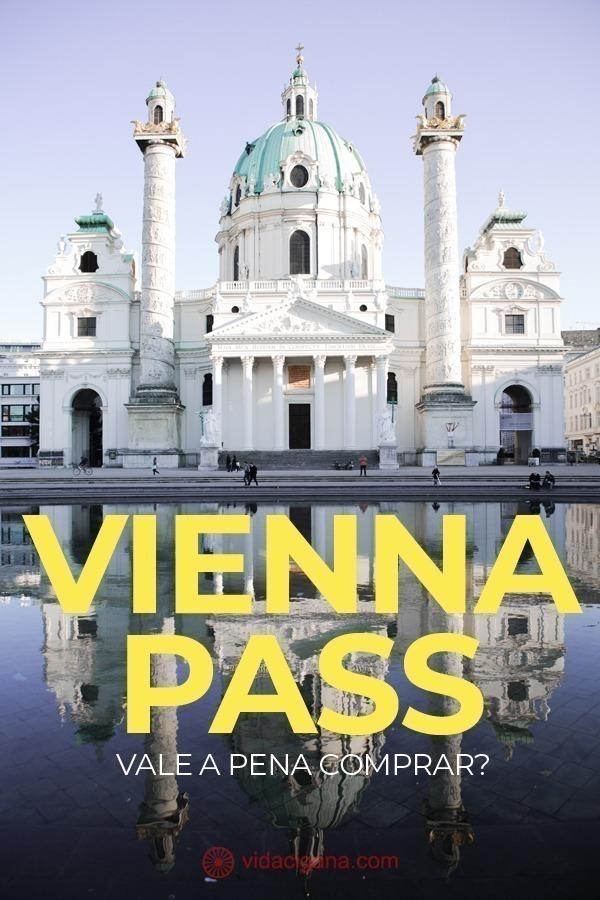 """Vienna Pass é um cartão de turismo que oferece ao portador entrada gratuita em mais de 60 atrações. Entre elas estão os principais pontos turísticos de Viena, os museus mais famosos e outros menos explorados. O Vienna Pass ainda oferece acesso ilimitado aos ônibus hop-on hop-off, além de permitir que se """"fure a fila"""" de entrada em várias atrações, algo fundamental para quem viaja na alta temporada de Viena"""