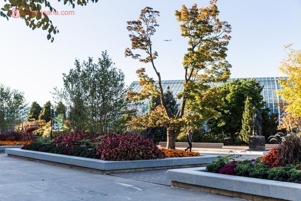 A entrada do Jardim Botânico de Montreal