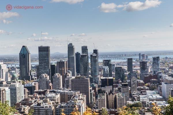 Onde ficar em Montreal: o centro da cidade com seus arranha céus