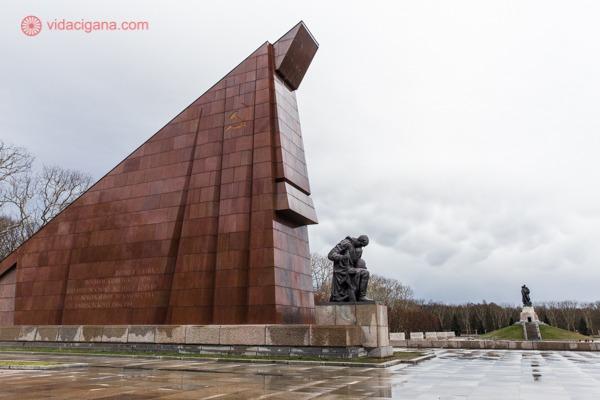 O memorial do Treptower Park