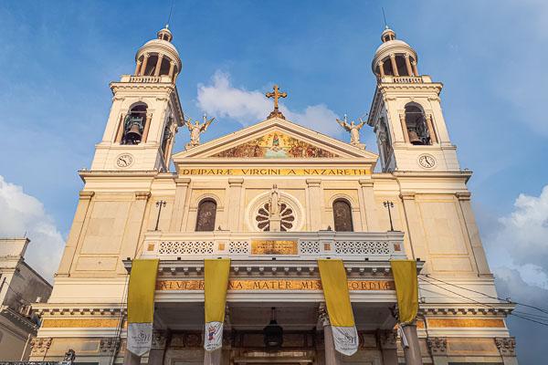 A fachada da Basílica Santuário de Nossa Senhora de Nazaré, onde acontece o Círio de Nazaré