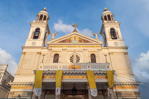 Onde ficar em Belém: a Basílica Nossa Senhora de Nazaré