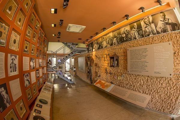 O interior do Memorial Luiz Gonzaga