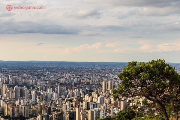 A vista do mirante do Parque das Mangabeiras