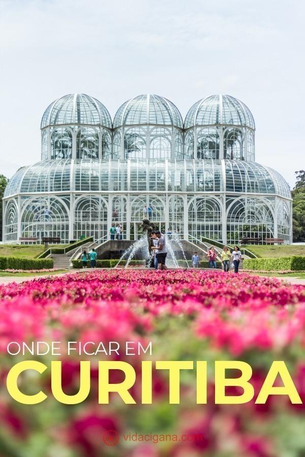 Na hora de saber onde ficar em Curitiba, fique de olho em nossas recomendações: localizações e hospedagens para todos os tipos de visitantes em 5 bairros diferentes.
