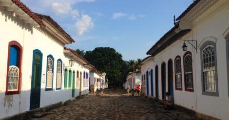 Onde ficar em Paraty: as casinhas coloridas do centro histórico da cidade