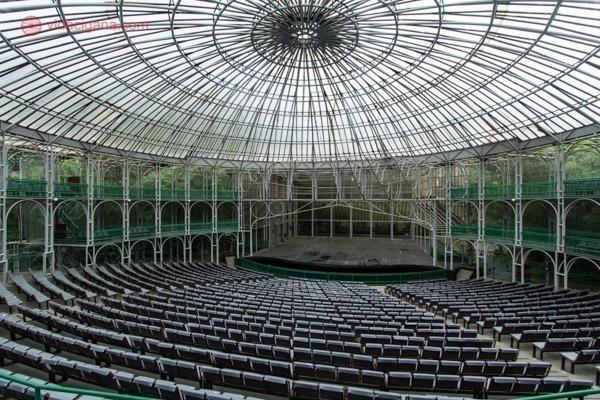 O que fazer em Curitiba: o interior da Opera de Arame