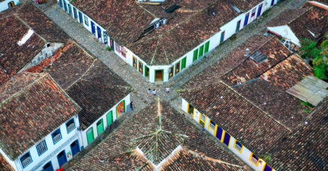 O que fazer em Paraty: As ruas do Centro Histórico vistas de cima