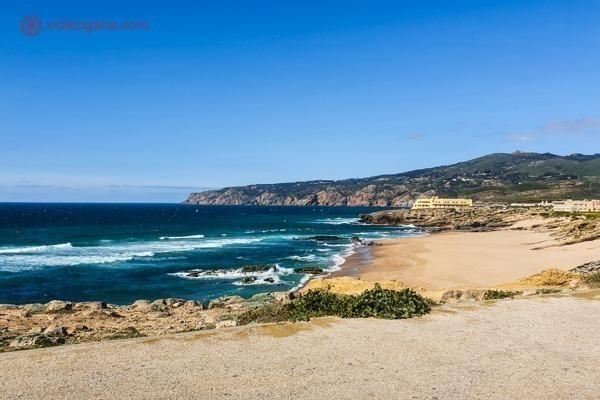 A Praia do Guincho bem grande e com ondas