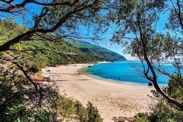 A Praia de Galapinhos vista da trilha