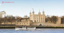 O que fazer em Londres: A Torre de Londres é uma das paradas obrigatórias, um dos lugares mais antigos da cidade e fica nas margens do Rio Tâmisa.