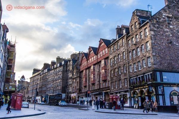 Os prédios de pedra de Edimburgo